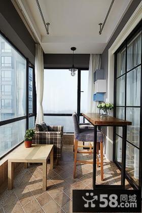 休闲封闭玻璃阳台设计大全