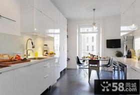 60平米简约小户型厨房装修-创意装饰