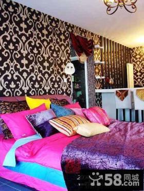 现代风格卧室壁纸装修效果图