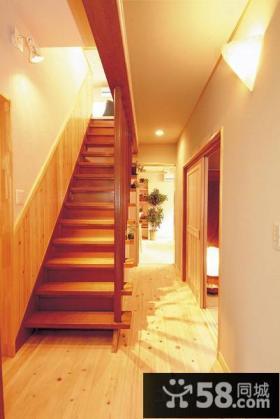 日式复式房屋楼梯装修图片