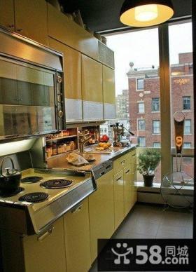 整体式阳台改厨房装修效果图