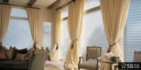 别墅客厅大窗帘装饰图片