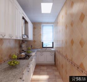 家装L型小厨房集成吊顶效果图