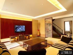 日式别墅客厅木质电视背景墙效果图