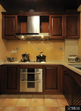 美式新古典风格厨房实木橱柜装修效果图