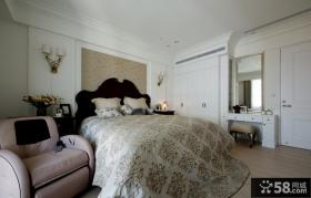 美式古典风格别墅卧室效果图