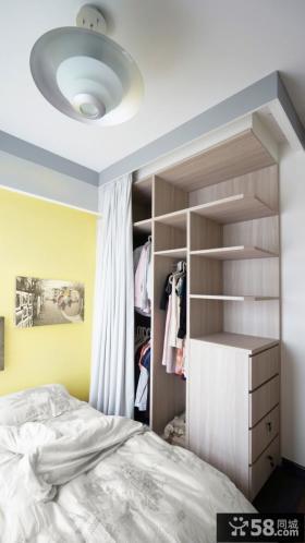 简约公寓房间衣柜装修设计图片