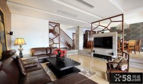 中式风格复式楼客厅电视墙隔断效果图