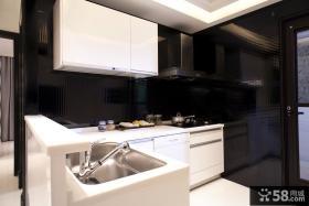 现代风格厨房橱柜装修设计图片
