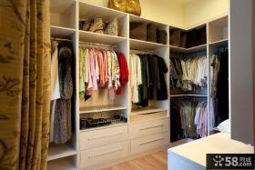 美式风格家庭室内衣帽间装修效果图片
