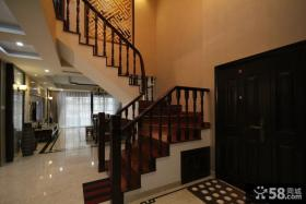新中式风格复式楼梯装修效果图
