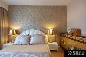 现代卧室墙面壁纸图片