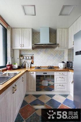 简约地中海风格别墅厨房设计效果图
