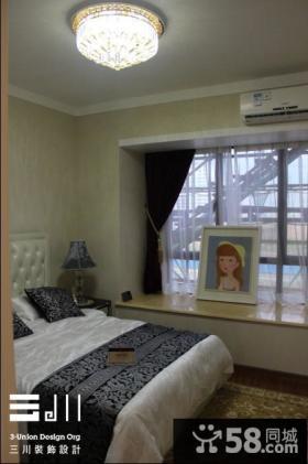现代风格卧室飘窗设计效果图