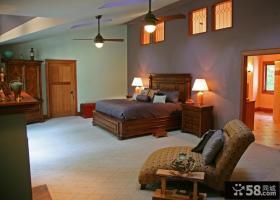 美式风格阁楼主卧室装修设计图片
