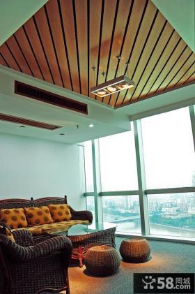 客厅桑拿板吊顶效果图