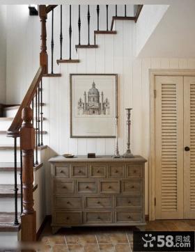 仿古风格室内楼梯玄关鞋柜装修图
