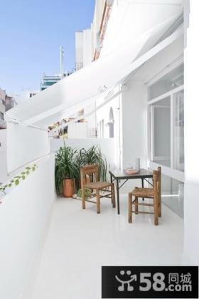 极简风格40平米小户型阳台装修效果图