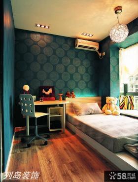 现代风格儿童房榻榻米床装修效果图