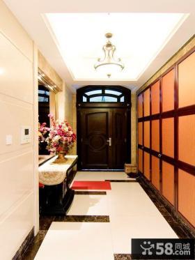 美式风格豪华别墅进门玄关装修效果图