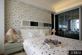 现代风格卧室床头背景墙设计效果图欣赏