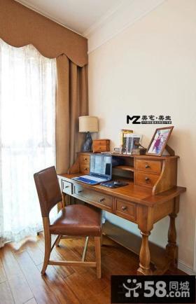 美式乡村书房书桌装修设计