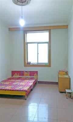文艺路戏曲院 单间房床沙发简装修