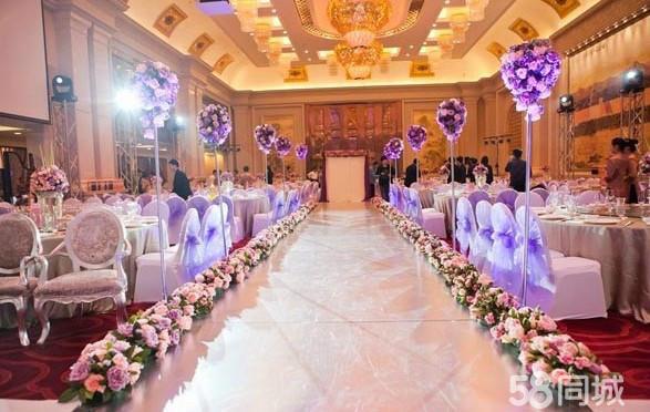 简约时尚b(5680元)  全套婚礼背景;(粉色,香槟色,白色)(欧式背景