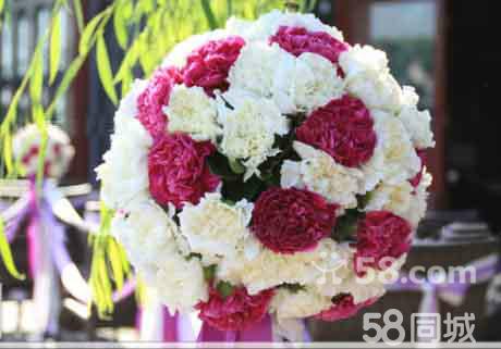 颜色自选) 温馨浪漫wedding 背板或精美花环 韩式道具桌(桌幔布艺)