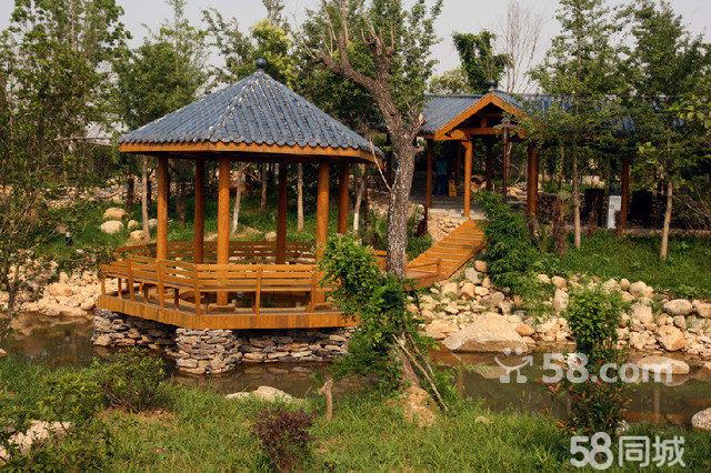 建有26栋温泉园林岛屿别墅