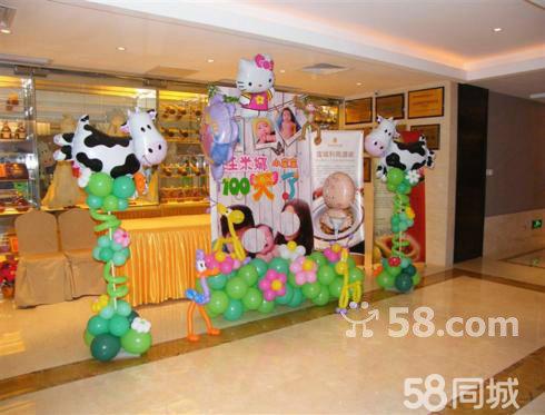深圳婚庆路引气球装饰,深圳婚庆迎宾路引气球造型