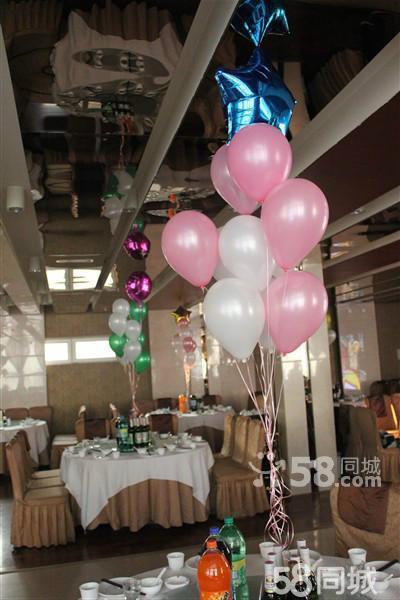 北京圣诞节氦气球 气球布置 气球造型制作 气球放飞