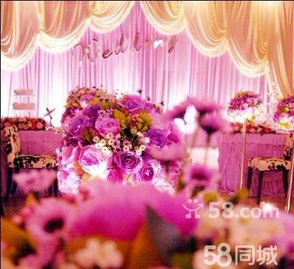 天津)  详细描述 包含服务项目 详情说明: 婚礼会场布置: 1, 欧式