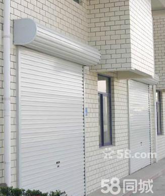 专业制作安装铁艺卷帘门,主要产品有防火卷帘门,欧式卷帘门,水晶卷帘