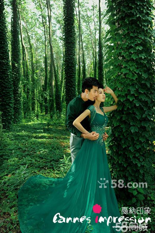 森系婚纱照拍摄出梦幻新娘