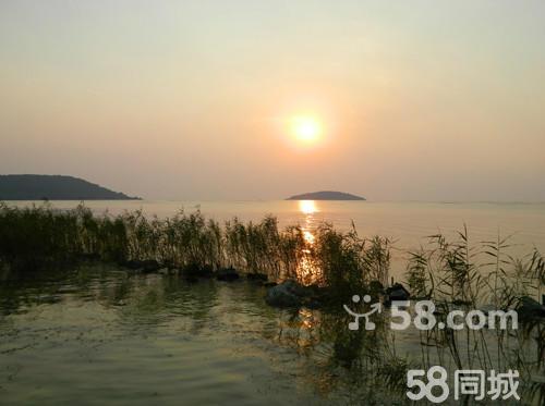 苏州旅游度假区过三座太湖大桥至石公山风景区方