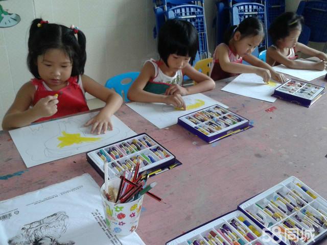 小榄儿童画画班 小孩学创意绘画