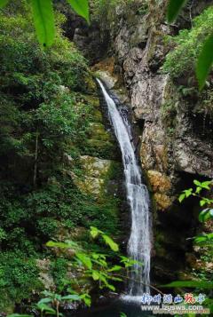 武宣将军第古庄园+百崖槽大峡谷赏瀑布玩水